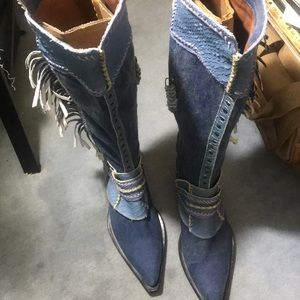 Donald &Lisa Signature Boots Size 6